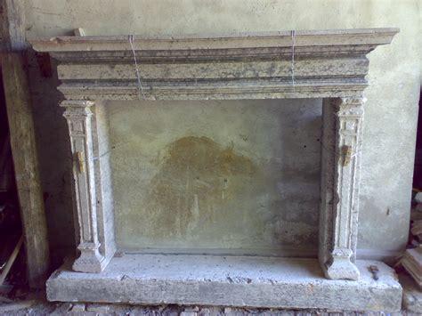 camino in marmo camino in marmo bianco con venature grige recupero materiali