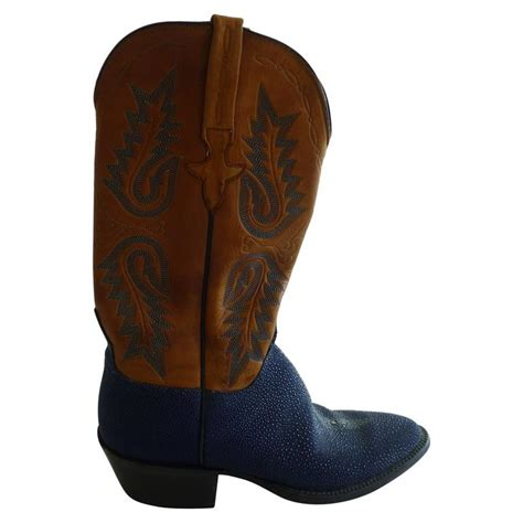 Handmade Leather Cowboy Boots - lucchese stingray and tooled leather made cowboy