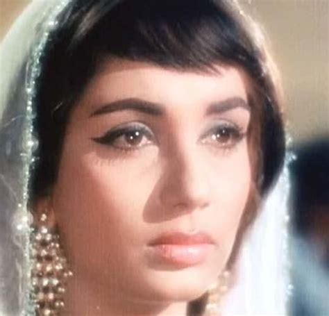 indian film actress sadhna sadhana shivdasani bollywood film actress pictures 7