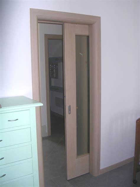 porte scorrevoli legno e vetro porta scorrevole vetro e legno modello n
