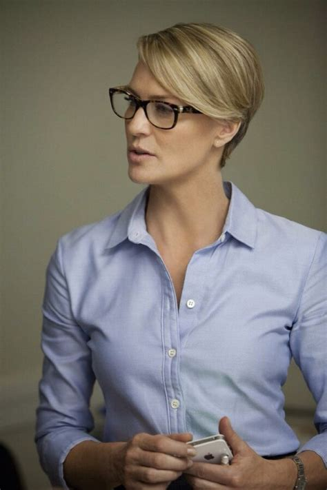 what glasses does robin wright wear in house of cards