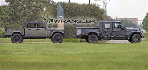 scrambler jeep spied video jeep scrambler see the truck in action