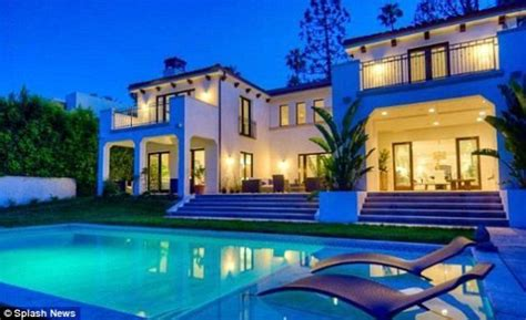 luxury homes beverly hills charlie sheen buys beverly hills home for ex wife for 7 5