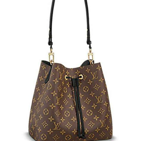 Louis Vuitton Neo Noe Black louis vuitton neo noe in noir airfrov get travellers
