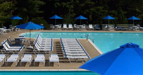 country club strap commercial pool furniture resort contract furnishings