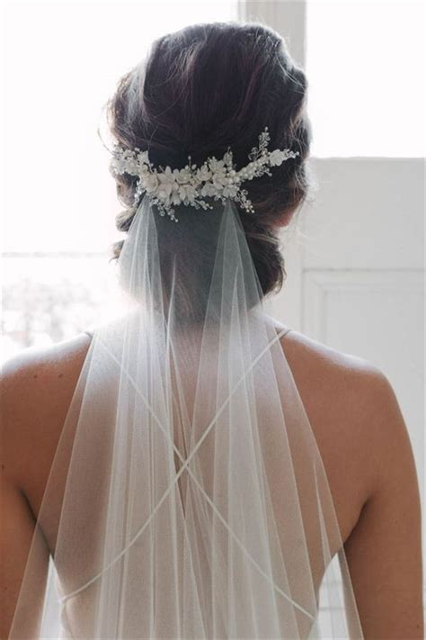 Wedding Hairstyles With Fingertip Veil by 21 Wedding Veils You Will Fall In With Veil 21st