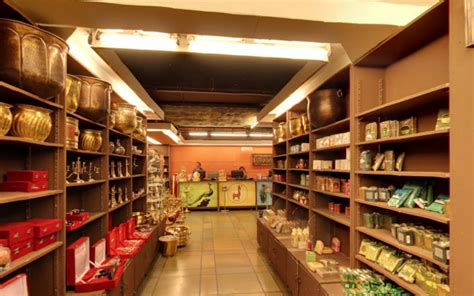 souvenirs from india you should buy instead of