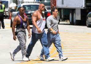Average Bench Press By Weight And Age Dwayne Johnson Height Celebrity Height