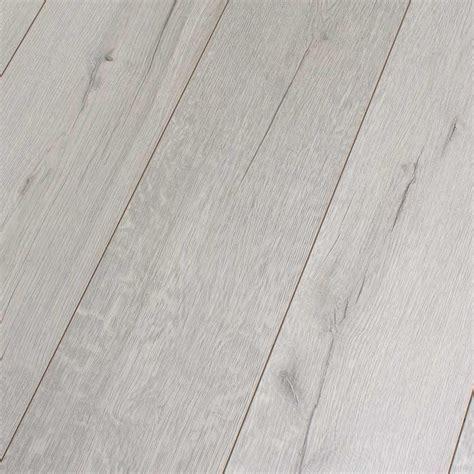 Kronotex Robusto Rip Oak White D3181 Laminate Flooring
