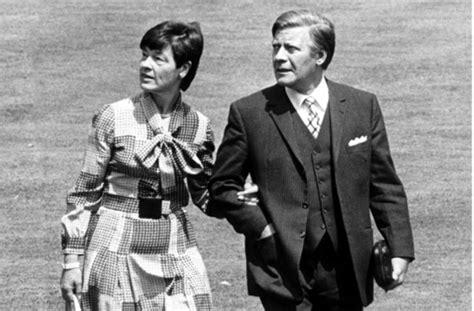Jaketparka Karl Helmut Japan Original helmut schmidt war 1974 bis 1982 bundeskanzler aber auch nach seiner aktiven politischen