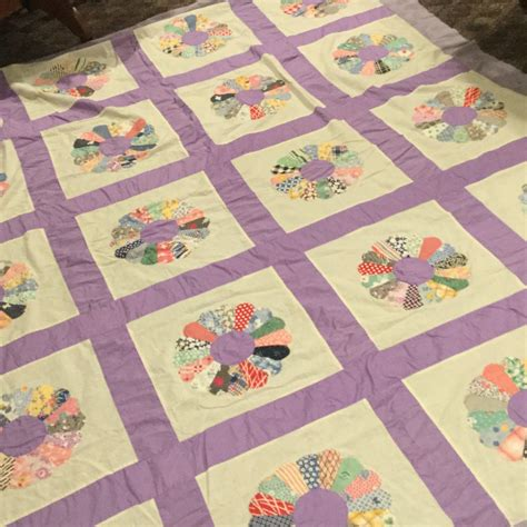 Top Quilt Pattern by Antique Quilt Top Dresden Plate Pattern