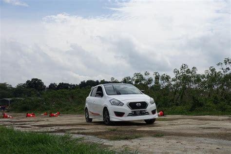 Filter Udara Ferrox Datsun Go Panca menguji performa datsun go panca di lapangan udara merdeka
