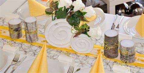 Tischdeko Für Hochzeitstafel by Schlafzimmer Wandfarbe Sand