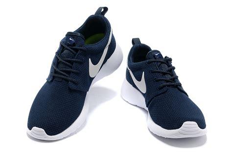 womens navy blue nike shoes mens womens nike wmns roshe run blue white