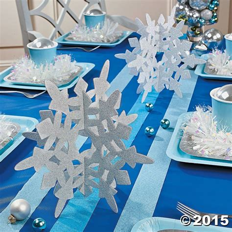Snow Themed Decorations by Best 25 Snowflake Centerpieces Ideas On