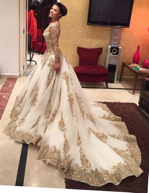 best indian dresses for marriage 226 best images about bridal gowns for indian brides