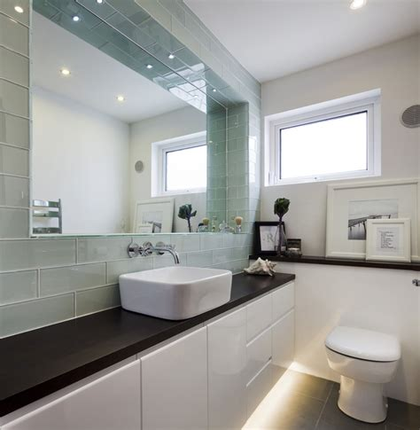 Simple Modern Bathroom by 10 Ways To Make A Small Bathroom Looks Bigger