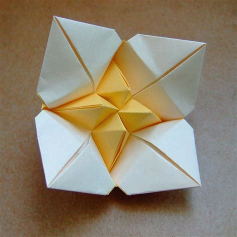 Origami Of A Flower - paper origami flowers origami flowers best flowers for