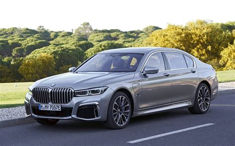 bmw  series mli xdrive specifications  car guide
