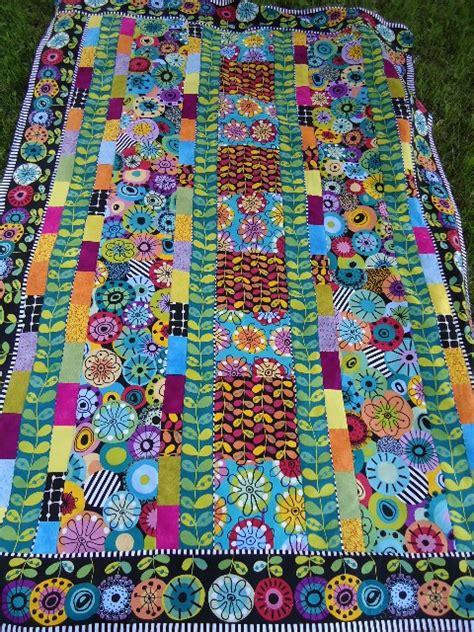 flower doodle quilt kit waterwheel house quilt shop jewels of june