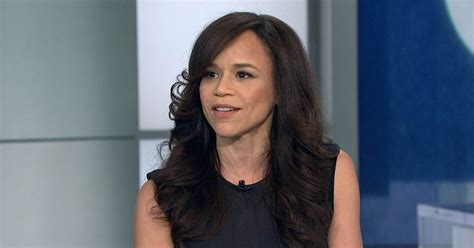 rosie perez bad wig rosie perez if life dealt you a bad hand ask for new cards