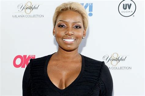 housewife of atlanta nene hair style nene leakes debuts new hairstyle all things real housewives