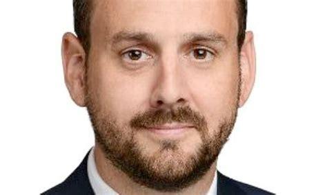 headhunter banken heidrick struggles verst 228 rkt sich in der schweiz