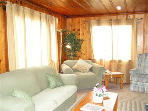 pine living room how to decorate with wood paneling knotty pine room