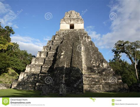 imagenes libres guatemala templo ii en tikal guatemala fotos de archivo libres de