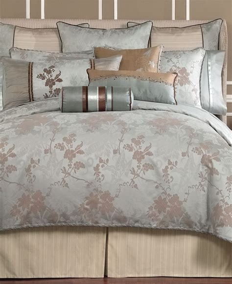 Waterford Bedding Dianthus Collection Master Bedroom