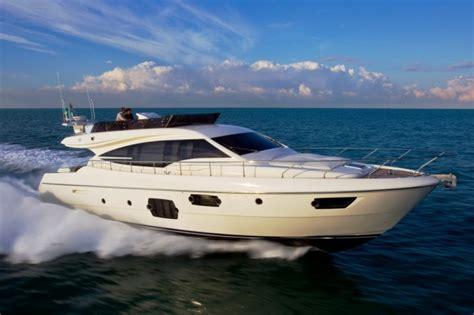 best cruising power boats under 40 feet 70 feet luxury yacht mercury
