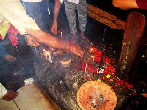 kali worship human sacrifice kalighat kali mandir