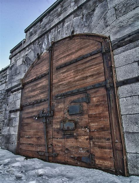 Wood Exterior Doors Canada 17 Best Images About Doors Et Portes De Montreal On Antiques Canada And Architecture