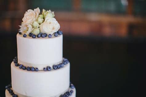 wedding cake recipes berry blueberry wedding cake tulle wedding skirts