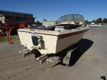 nereus boats for sale australia nereus 18 fibreglass canopy cab boat auction 0001 8001270