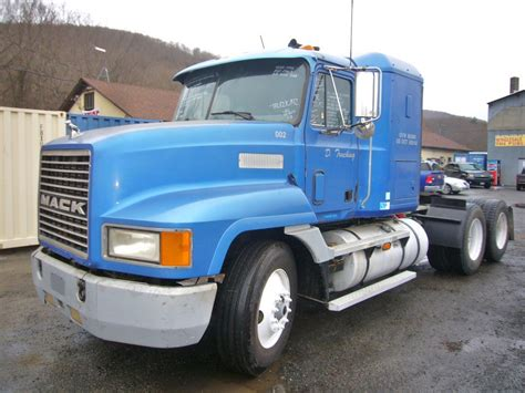 Mack Sleeper Cab For Sale by 1994 Mack Ch613 Tandem Axle Sleeper Cab Tractor For Sale