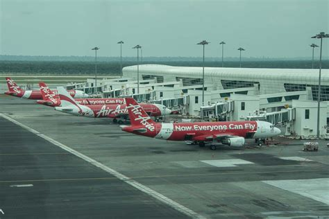 airasia uk contact number economy traveller travel reviews airfare tips best