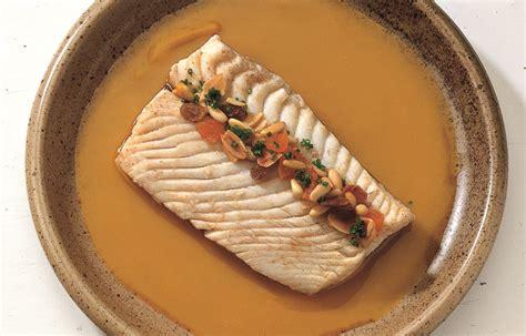 cucinare pesce san pietro ricetta pesce san pietro con zucca le ricette de la