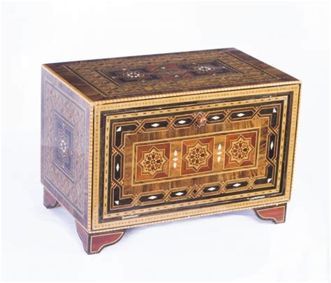 bench in arabic antique inlaid damascus islamic table cabinet ref no 07552