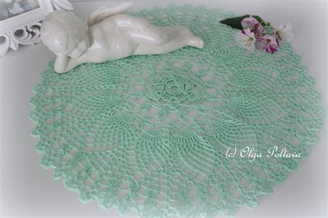 free patterns using crochet thread lacy crochet mint pineapples doily free vintage doily