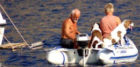 necesitaremos un barco mas grande mascotas a bordo