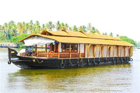 5 bedroom houseboat alleppey pournami houseboats alleppey boathouse trips