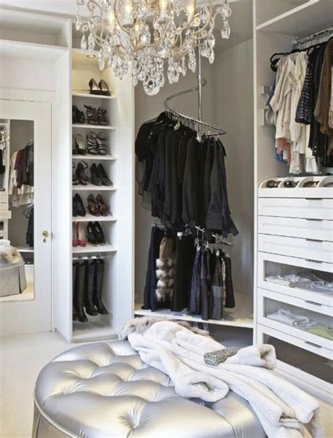 How Do U Say Closet In by 17 Best Ideas About Closet Designs On Master