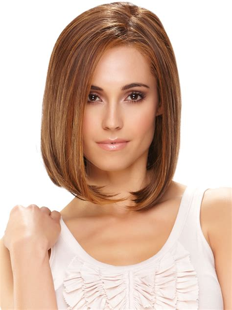 caramel brown bobs for round faces short hair highlights with caramel color