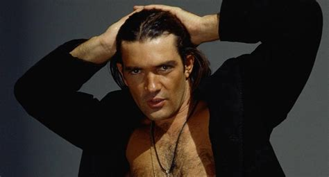 A Antonio antonio banderas weight height and age we it all