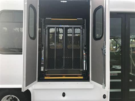 diamond couch diamond coach vip 2200 paratransit wheelchair bus to