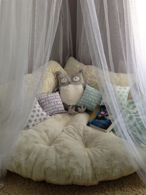 like the cozy bed reading area and faucet curtain below real life real estate real dana extreme home makeover