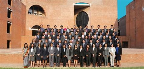 Mba 3 International Applicants by Pgpx Class Of 2016 At Iim A Has 3 International Students