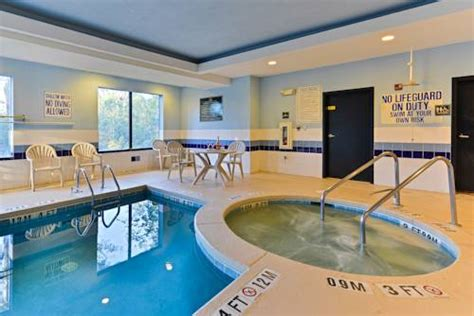 Comfort Inn And Suites Beaufort Sc by Comfort Suites Beaufort Sc Aaa