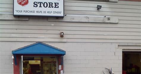 Garage Sales Ny Yardsalequeen Yard Sale Garage Sale Thrift Store